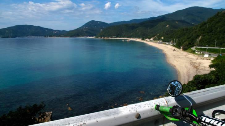水晶浜の全景